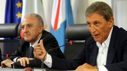 Vincenzo De Luca e Antonio Bassolino in una foto del 2008