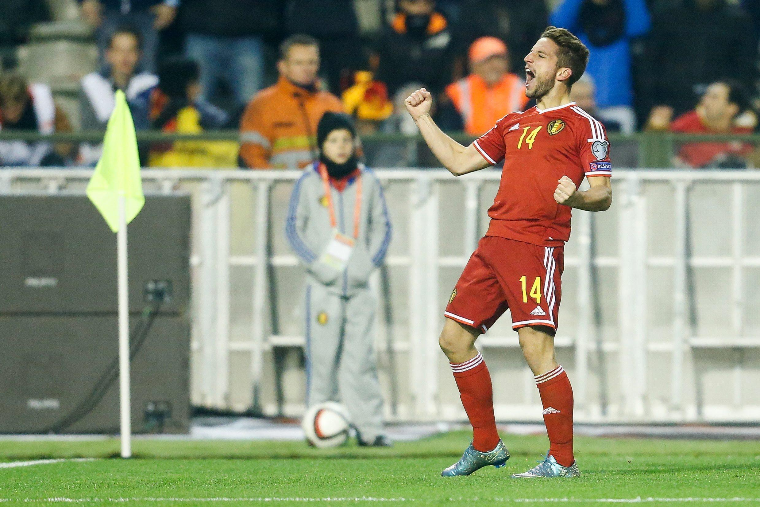 Belgio-Israele 3-1: Dries Mertens esulta dopo il gol dell'1-0 (foto Uefa.com)
