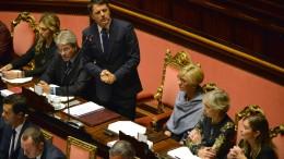 Il premier Matteo Renzi al Senato (foto Ansa.it)