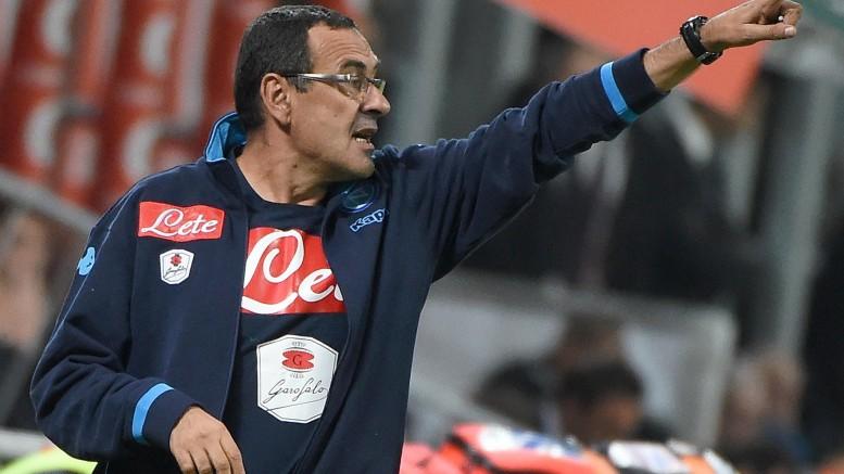 Maurizio Sarri durante Milan-Napoli (foto Ansa)