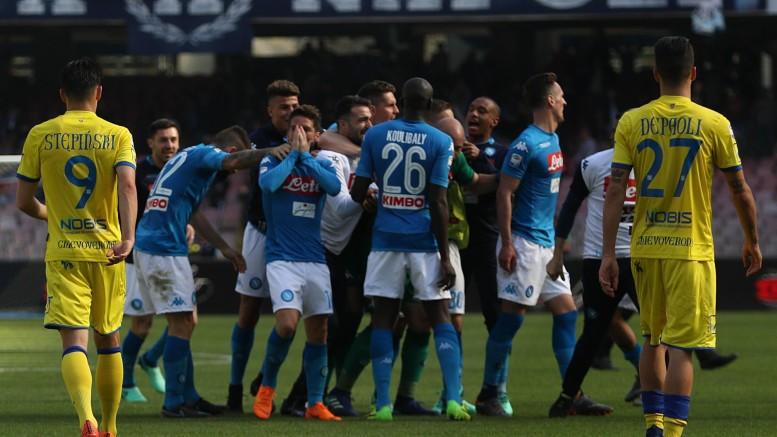 Napoli-Chievo 2-1