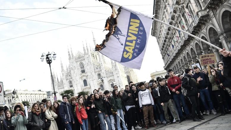 """""""No Salvini day"""" a Milano"""