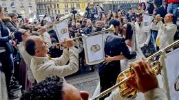 Napoli: il caso delle nozze trash